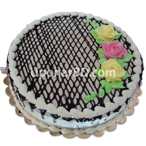Stripes and flowers designed cake