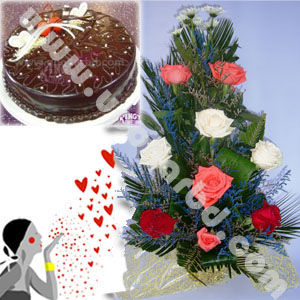 Surprise with Kings cake and roses