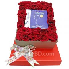 Box of surprise with perfume and roses