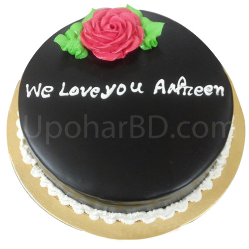 Chocolate coated floral design cake
