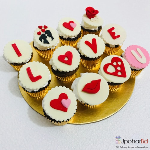 12 cupcakes to say I love you