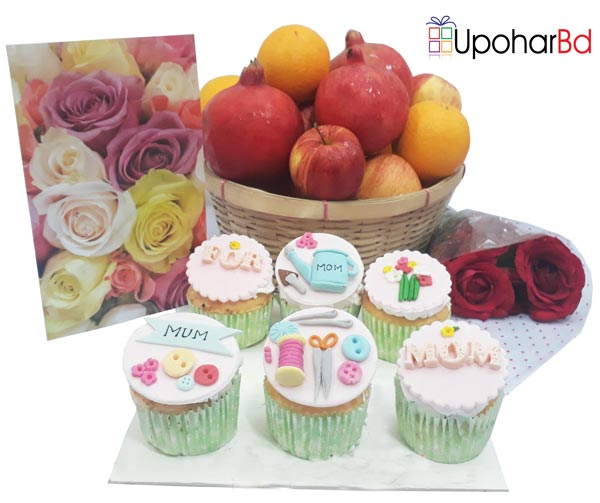 Gift with fresh fruit basket and 6 cupcakes for mom