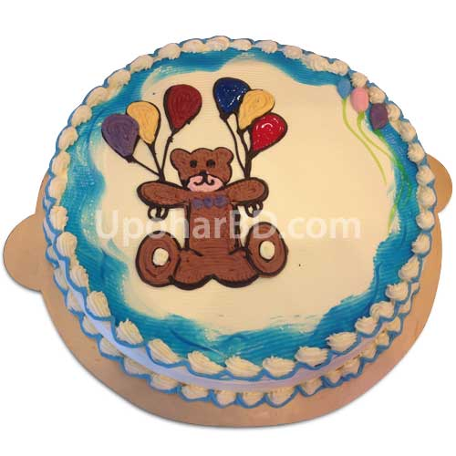 Cake with creamy teddy and balloons