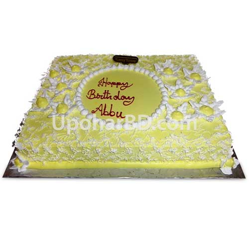 Cake with snow flakes design