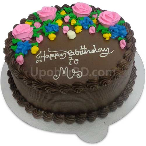 Cake with chocolate flavour and flowers