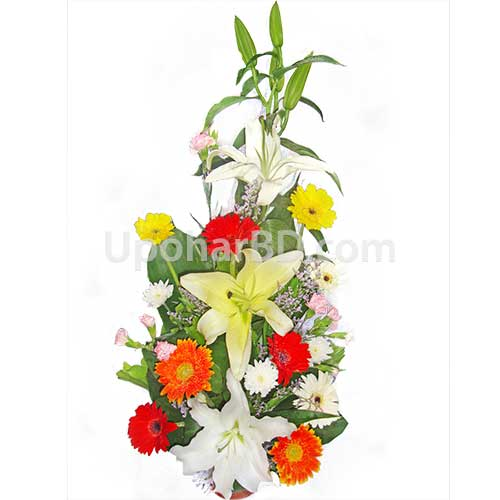 Lili with colorful flower mix