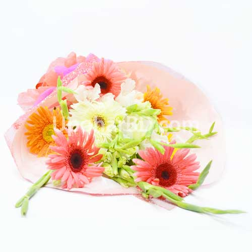 Gerbera and Glado Flower Bouquet