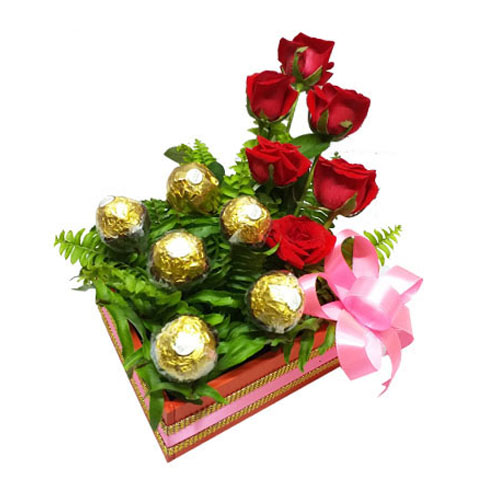 Amazing Basket Of Rose And Chocolate