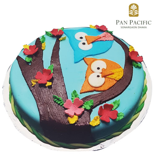 Kids special cartoon cake
