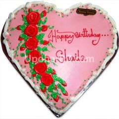 Heart shape cake with lots of roses