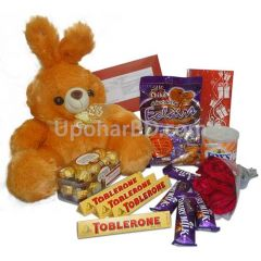 Chocolates with teddy and roses