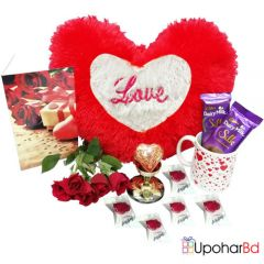 Red heart valentine gift hamper